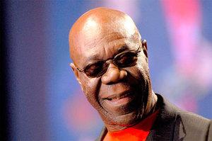 EXCLUSIF: La lettre de Manu Dibango à Assane Fall du Festival de Jazz de Saint-Louis