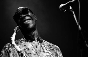 Absence de Manu Dibango à Saint-Louis : son manager s'explique
