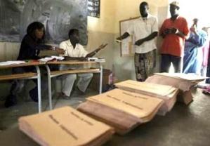 24 partis et coalitions à l'assaut des 150 sièges de l'Assemblée nationale sénégalaise