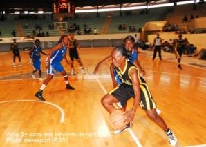 Le Saint-Louis Basket Club gâche le Grand Chelem aux Duchesses