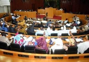 Sénégal :L'Assemblée à la merci des « Bleus »