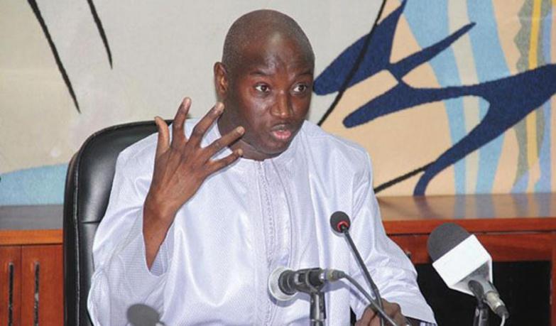 Aly Ngouille Ndiaye : «Ceux qui veulent voyager pour la korité peuvent demander une autorisation»