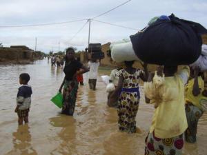 Cinq morts dans les fortes pluies de ce dimanche: l'Etat déclenche le Plan ORSEC