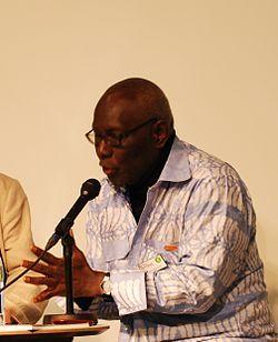 Boubacar Boris Diop : « Macky Sall a dans son entourage et parmi ses alliés des personnalités qui ont puisé à pleines mains dans les caisses de l'Etat »