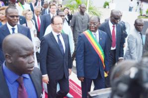 François Hollande : « Le temps de la Françafrique est révolu ».