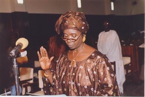 Aminata Sow Fall à ses concitoyens : ''Refusez d'être esclaves de l'argent''
