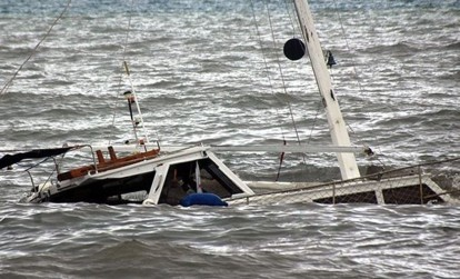 Naufrage d'une embarcation de touristes au large de Saint-Louis.