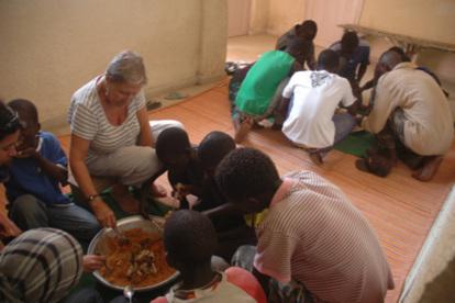 À Saint-Louis du Sénégal, la mère des enfants des rues.