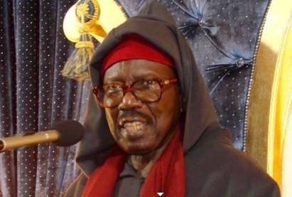 [Urgent]:Serigne Abdoul Aziz Sy Al Amine intronise Serigne Cheikh Tidiane Sy comme nouveau Khalif général des Tidianes.