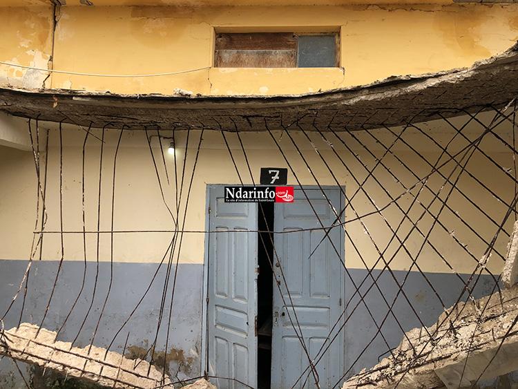 L'école Soukeyna KONARÉ très délabrée : Une dalle s'est effondrée, ce matin …