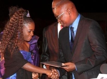Saint-Louis - Média : Aida Coumba Diop a remporté le prix annuel du meilleur reportage en presse écrite de la CJRS.