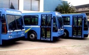 Gala de l'ANPS à Saint-Louis: DDD offre deux bus de 43 places pour convoyer les membres.