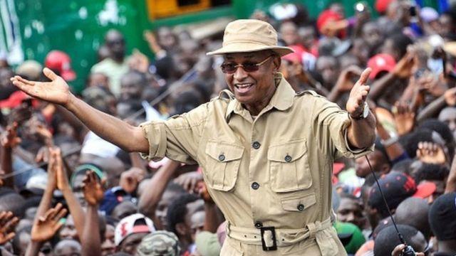 """Présidentielle en Guinée : l'UA et la Cédéao """"satisfaites"""", l'opposition dénonce des """"fraudes"""""""