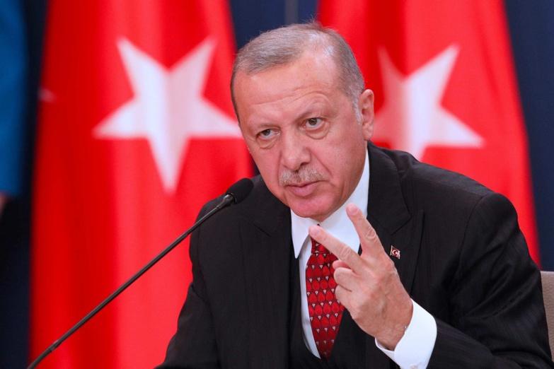 Erdogan qualifie Charlie Hebdo de «vauriens»