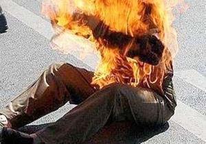 Dernière minute: Un homme s'est immolé devant le Palais de la République