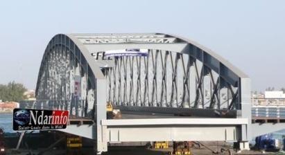 Saint-Louis: Ouverture du pont Faidherbe dans la nuit du dimanche 13 au lundi 14 janvier 2013.