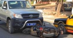 Drame à Corniche : Un scooter se heurte contre un véhicule 4X4, un enfant blessé.(Vidéo)