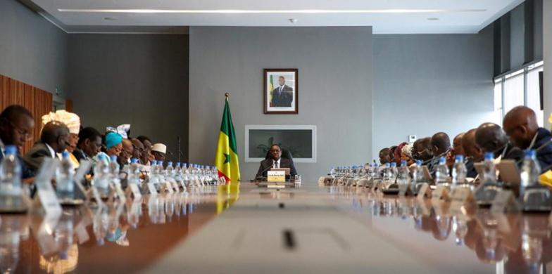 Mise en service du Ter : L'interdiction de Macky à ses ministres
