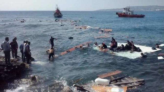 Espagne :  au moins quatre morts après le chavirment d'une embarcation de migrants