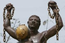 """Fausse """"Maison des esclaves de Gorée"""": Saint-Louis fut le principal point de départ des esclaves. [Enquête]"""