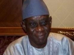 Cheikh Hamidou Kane fêté par ses proches les 1er et 2 avril.