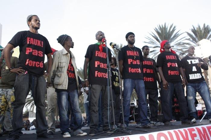 """Y en A marre dénonce des """"répressions injustifiées, des pressions et menaces"""""""