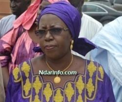 Macky Sall au ministre Khoudia Mbaye : «Deegnaa dangadoon yaaba*»