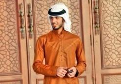 L'Arabie saoudite l'expulse parce qu'il est trop beau