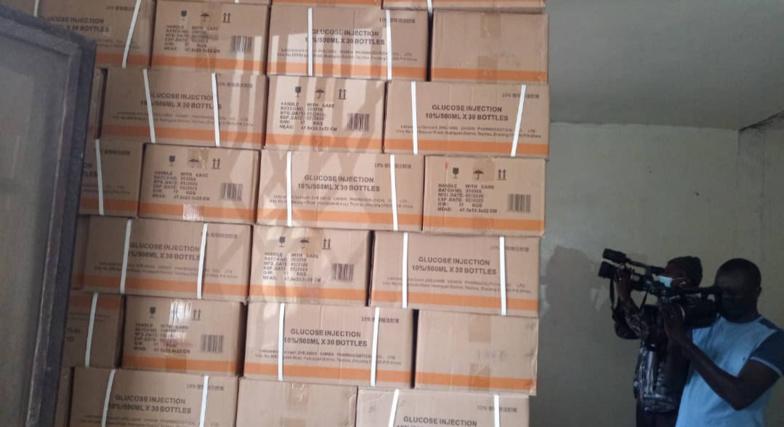 FAUX MÉDICAMENTS : La douane se dèdouane et de défausse sur la Dpm