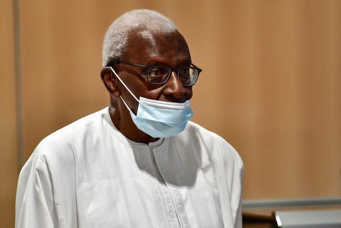 La date du retour de Lamine DIACK au Sénégal connue