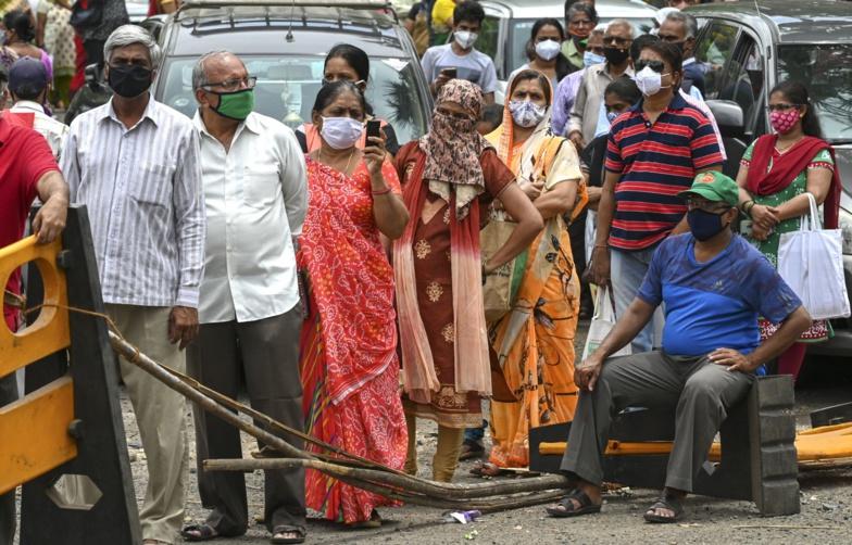 L'Inde franchit la barre des 250 000 décès dus au Covid-19 (officiel)