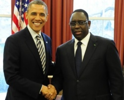 Direct: Poignée de main entre Macky et Obama