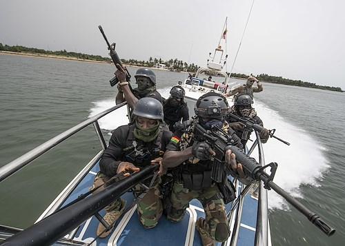 Exercices navals conjoints entre les marines nationales mauritanienne et sénégalaise