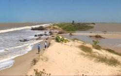Saint-Louis, cidade histórica do Senegal, está ameaçada pelo mar