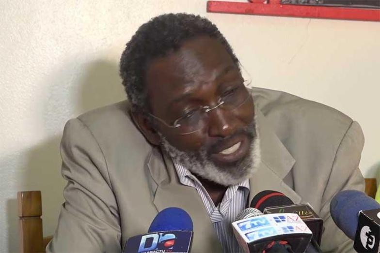 Dr Babacar NIANG : « Du matériel du public est vendu aux structures sanitaires du privé »