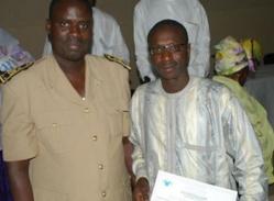 Le responsable de la JERES en compagnie de l'ancien Préfet de Saint-Louis Serigne Mbaye