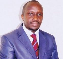 Dédicace de ''Mauvaises ambiances démocratiques'' du Docteur Ibrahima Silla, le 21 septembre.
