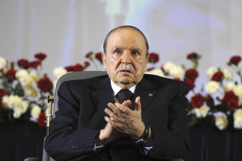 Algérie : des obèques a minima pour l'ancien président Abdelaziz Bouteflika