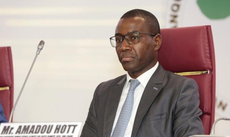 Podor : Le ministre Amadou HOTT invité à venir voir la réalité dans le Fouta