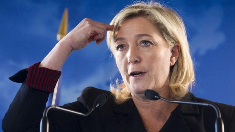 """Trafic de passeports diplomatiques au Sénégal : Marine Le Pen s'en prend sévèrement aux """"bandits à col blanc"""""""