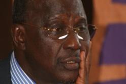 """Un malade à la manifestation du 8 octobre: """" je ne me sens pas bien, mais j'ai tenu à venir"""" (Cheikh Tidiane Sy)"""