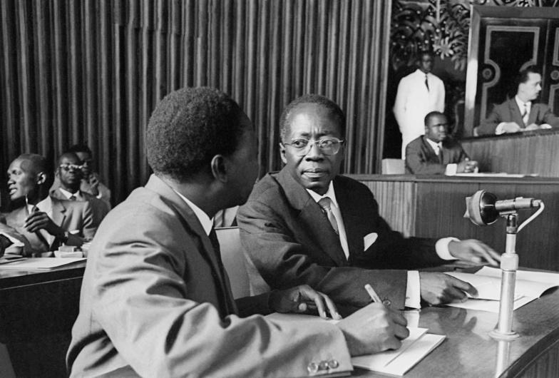 Dans la tempête politique de 1963