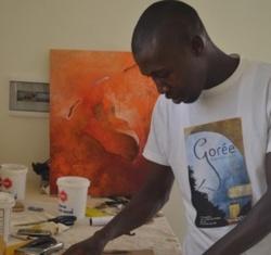 Saint-Louis: Pour échapper aux galeristes, un jeune artiste se dote de son propre espace.