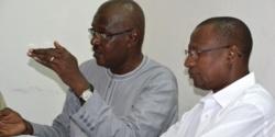 De gauche à droite: Abdou Aziz Guissé du ministère de la Culture et Moustaph Ndiaye, le directeur du centre culturel africain.