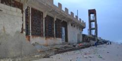 Houle dangereuse : des maisons inondées, des murs fracassés, des pirogues cassées | Photos|