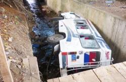 URGENT : Un minicar tombe vers Guéoul, sans victimes.
