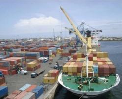Les douaniers sénégalais affichent 575 milliards de recettes en 2013