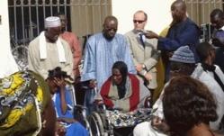 L'association  française «En Avant roule » au chevet des personnes handicapées de Saint-Louis.