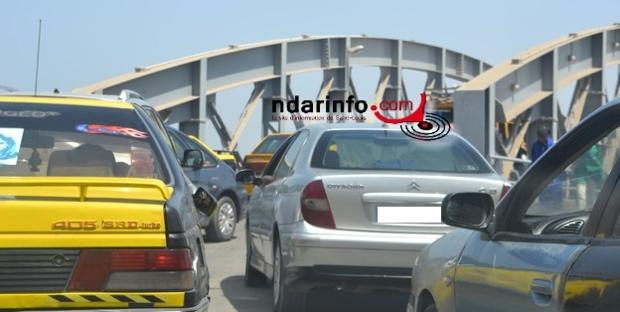 URGENT - Carambolage sur le pont Faidherbe : 4 véhicules se heurtent mutuellement.