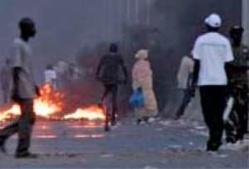 Grèves des étudiants à Ziguinchor : un individu pris pour un policier a été lynché, sa moto brûlée